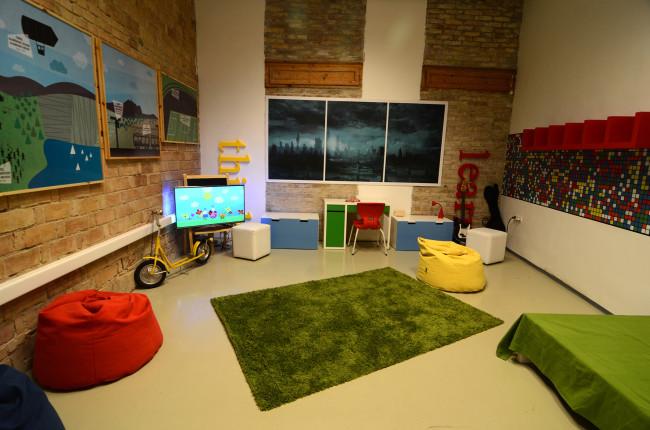 GoogleHouse011
